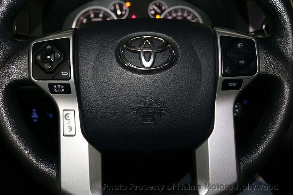 2016 Toyota Tundra SR5 CrewMax 5.7L V8 FFV 4WD 6-Speed Automatic - 18528509 - 28