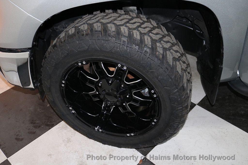 2016 Toyota Tundra SR5 CrewMax 5.7L V8 FFV 4WD 6-Speed Automatic - 18528509 - 32