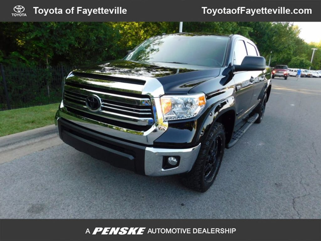 Dealer Video - 2016 Toyota Tundra SR5 CrewMax 5.7L V8 FFV 4WD 6-Speed Automatic - 16484797