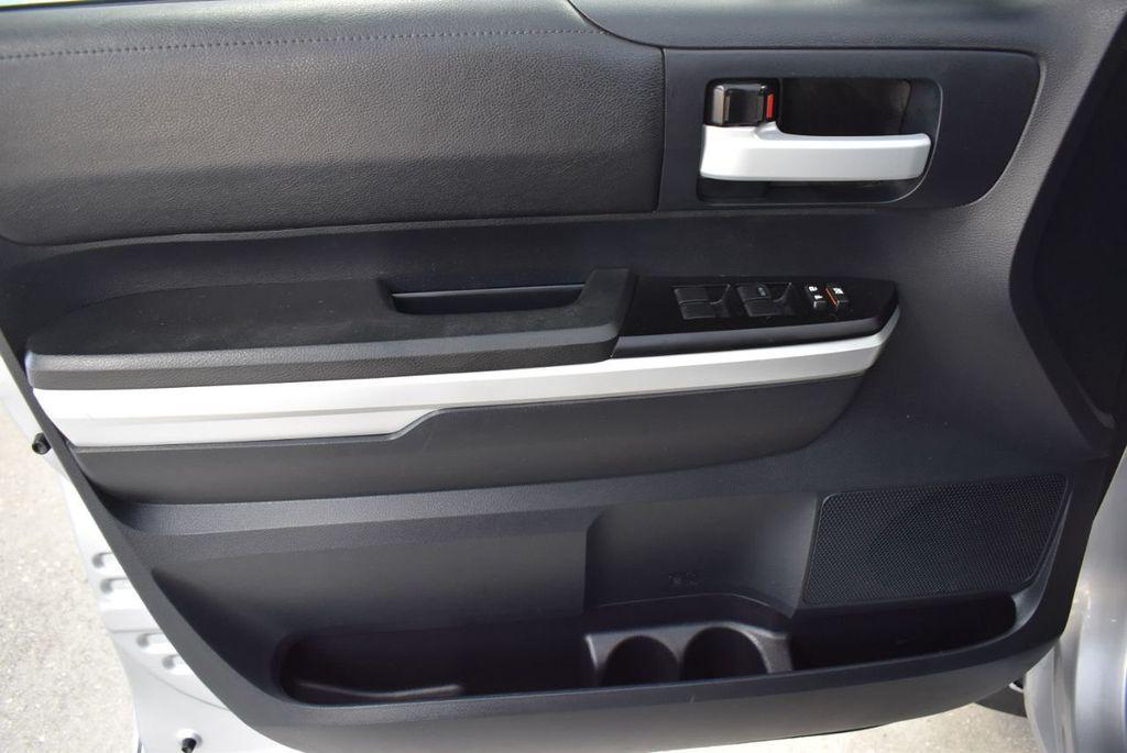 2016 Toyota Tundra SR5 CrewMax 5.7L V8 FFV 6-Speed Automatic - 18497677 - 12