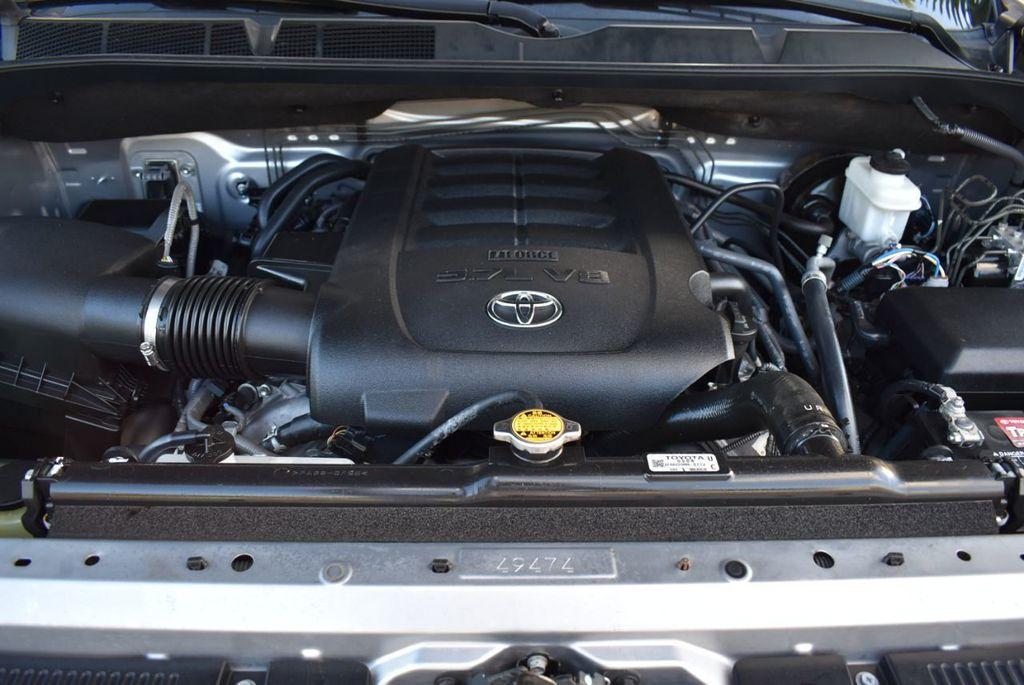 2016 Toyota Tundra SR5 CrewMax 5.7L V8 FFV 6-Speed Automatic - 18497677 - 18