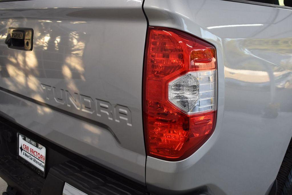 2016 Toyota Tundra SR5 CrewMax 5.7L V8 FFV 6-Speed Automatic - 18497677 - 1
