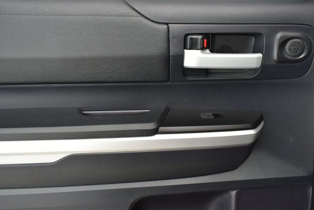 2016 Toyota Tundra SR5 CrewMax 5.7L V8 FFV 6-Speed Automatic - 18689065 - 11