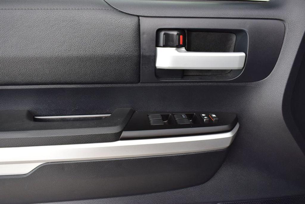 2016 Toyota Tundra SR5 CrewMax 5.7L V8 FFV 6-Speed Automatic - 18689065 - 13