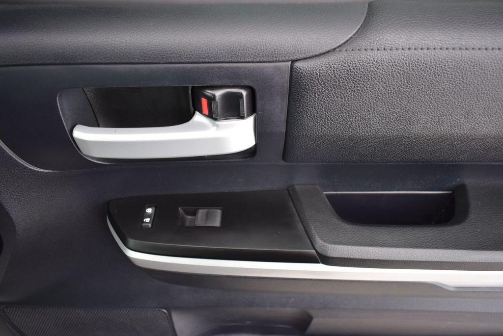 2016 Toyota Tundra SR5 CrewMax 5.7L V8 FFV 6-Speed Automatic - 18689065 - 15
