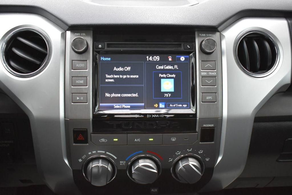 2016 Toyota Tundra SR5 CrewMax 5.7L V8 FFV 6-Speed Automatic - 18689065 - 22