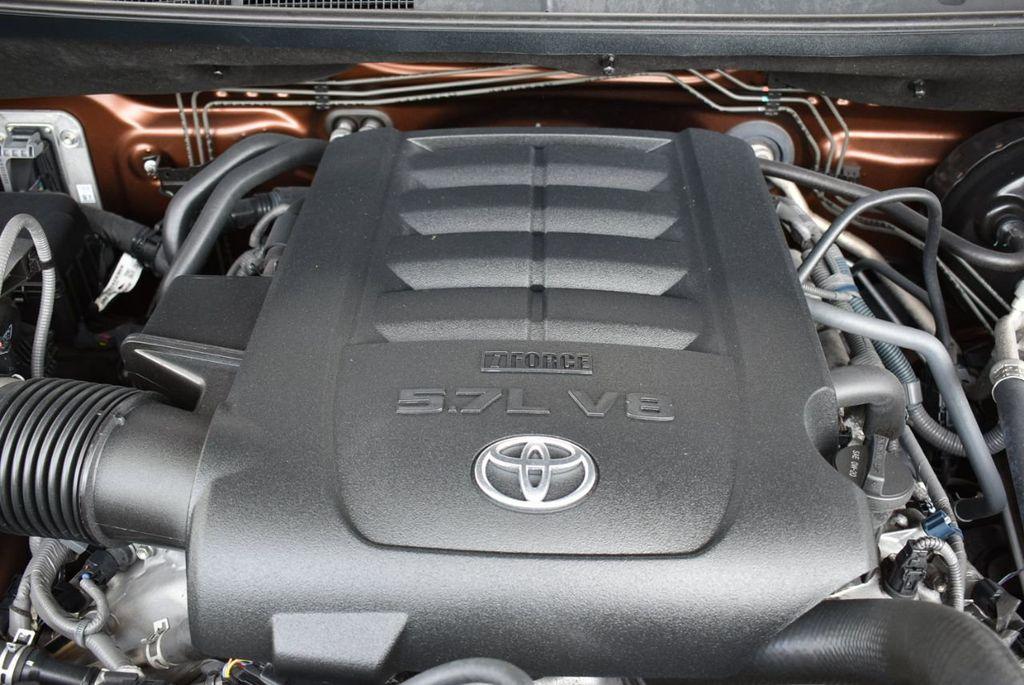 2016 Toyota Tundra SR5 CrewMax 5.7L V8 FFV 6-Speed Automatic - 18689065 - 24