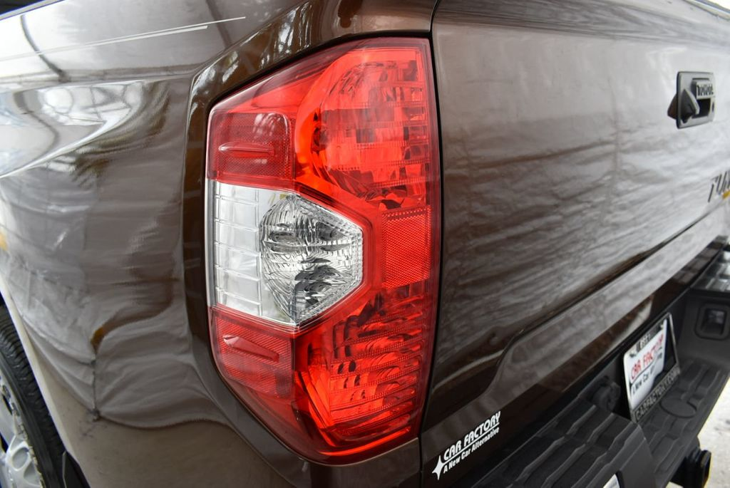 2016 Toyota Tundra SR5 CrewMax 5.7L V8 FFV 6-Speed Automatic - 18689065 - 4