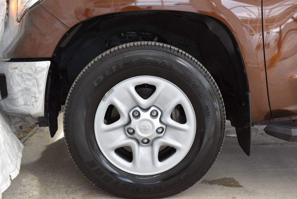 2016 Toyota Tundra SR5 CrewMax 5.7L V8 FFV 6-Speed Automatic - 18689065 - 6