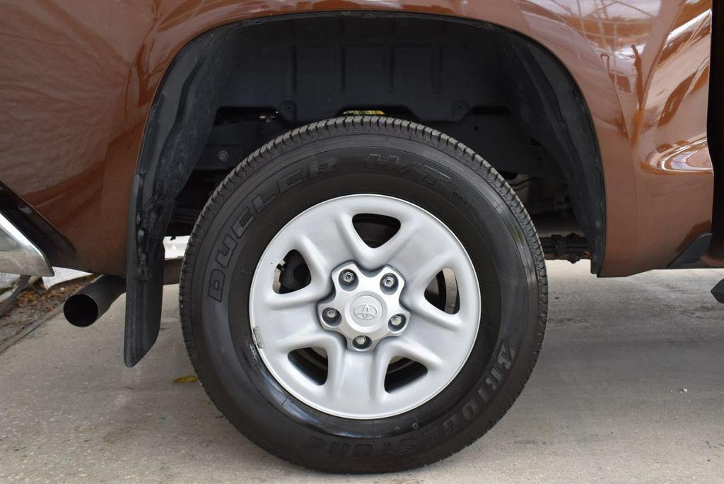 2016 Toyota Tundra SR5 CrewMax 5.7L V8 FFV 6-Speed Automatic - 18689065 - 8