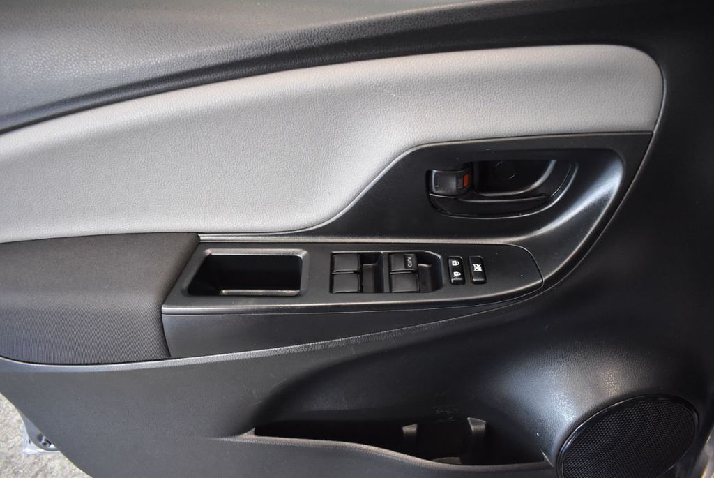 2016 Toyota Yaris 5dr Liftback Automatic L - 18178067 - 14