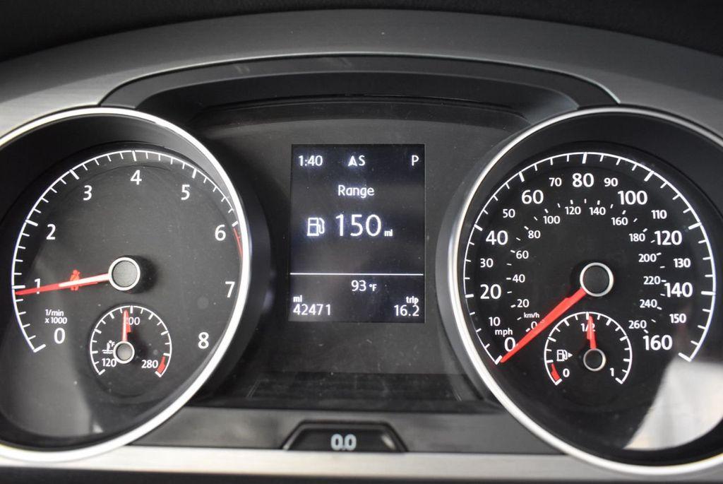 2016 Volkswagen Golf TSI 2dr Hatchback Manual - 18078932 - 16