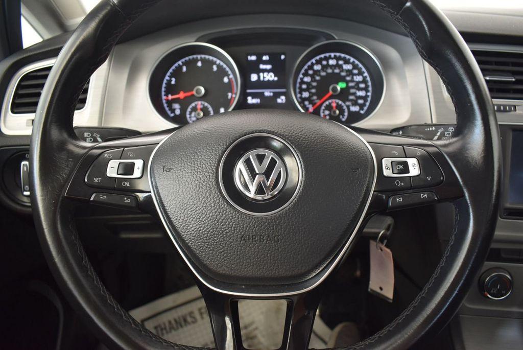 2016 Volkswagen Golf TSI 2dr Hatchback Manual - 18078932 - 17