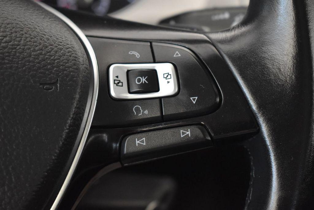 2016 Volkswagen Golf TSI 2dr Hatchback Manual - 18078932 - 18