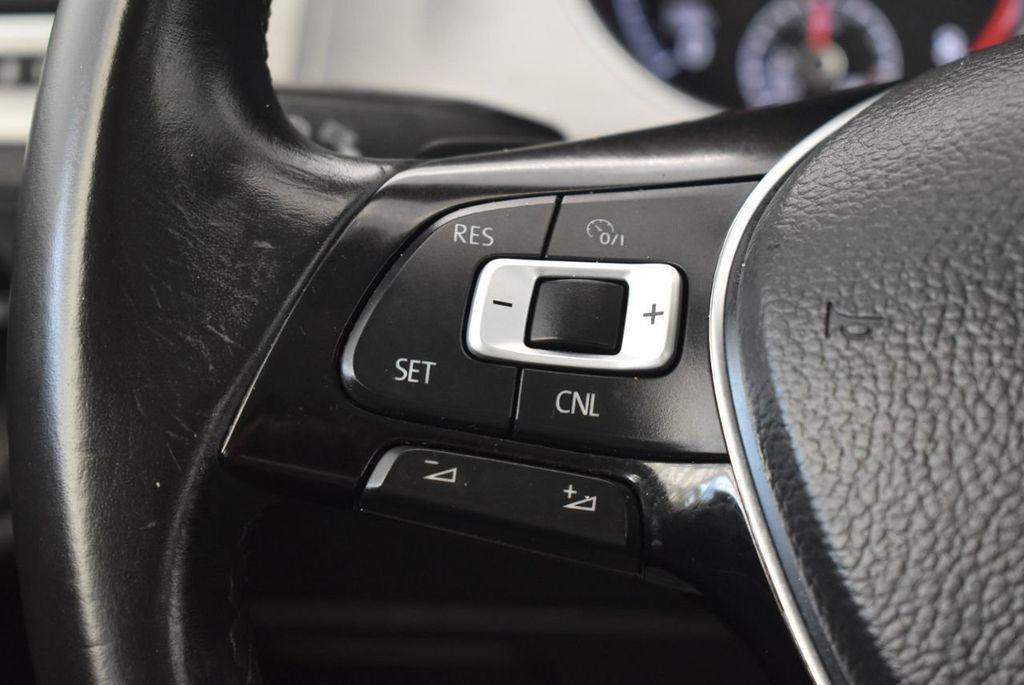 2016 Volkswagen Golf TSI 2dr Hatchback Manual - 18078932 - 19