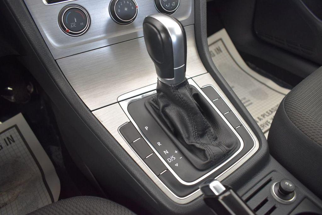2016 Volkswagen Golf TSI 2dr Hatchback Manual - 18078932 - 21