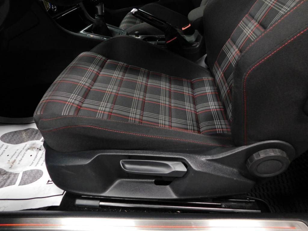 2016 Volkswagen Golf GTI S SPORTY - MANUAL - PLAID INTERIOR - 17669038 - 12