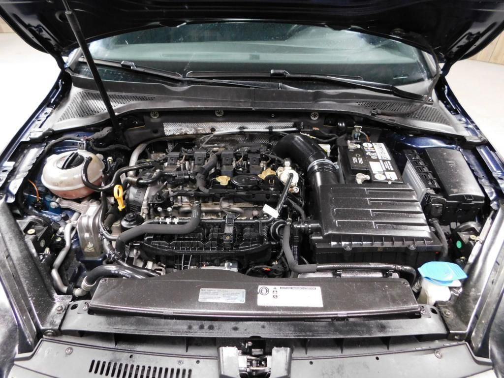 2016 Volkswagen Golf GTI S SPORTY - MANUAL - PLAID INTERIOR - 17669038 - 29