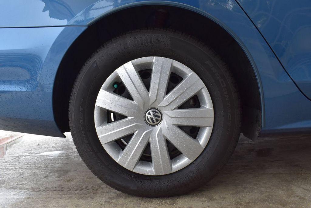 2016 Volkswagen Jetta Sedan  - 18550549 - 9
