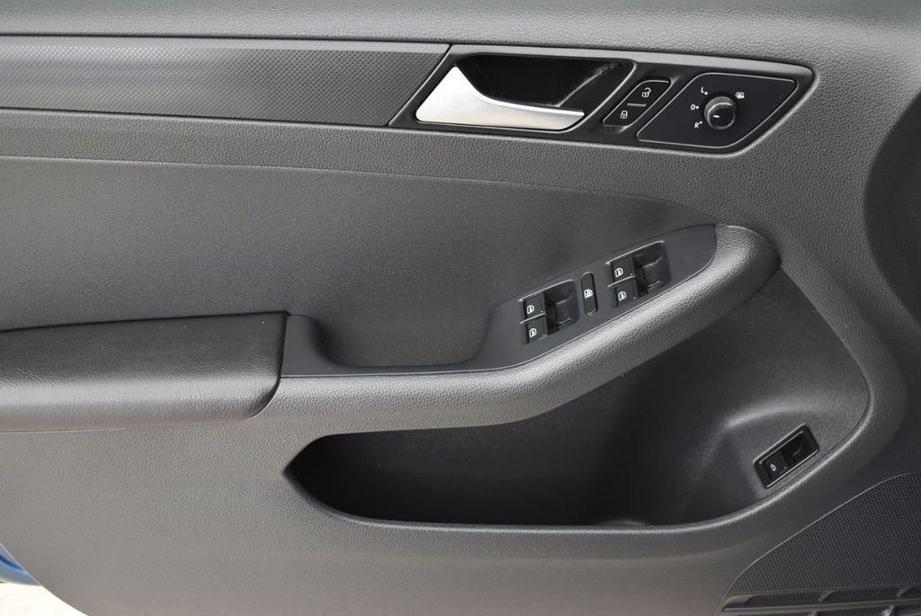 2016 Volkswagen Jetta Sedan  - 18550549 - 12