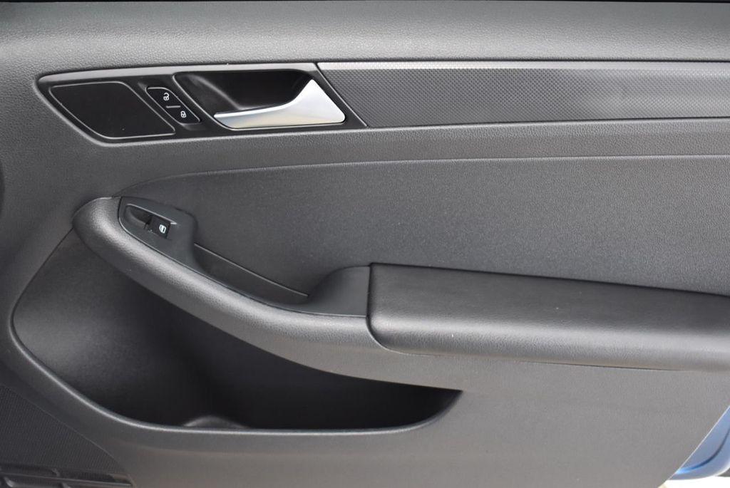 2016 Volkswagen Jetta Sedan  - 18550549 - 15