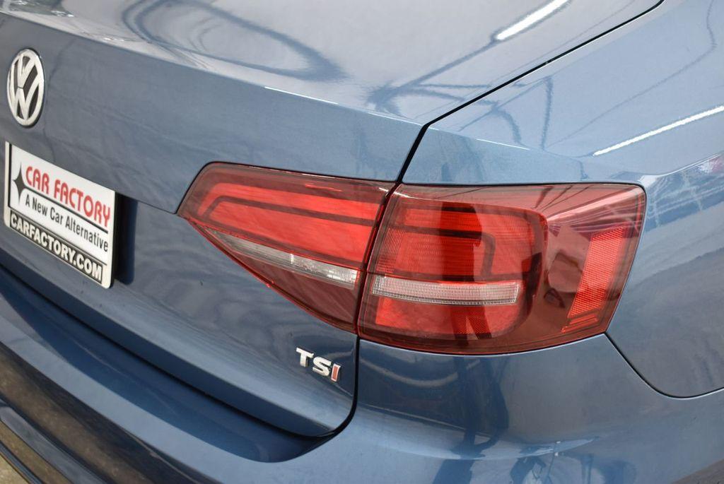 2016 Volkswagen Jetta Sedan  - 18550549 - 1