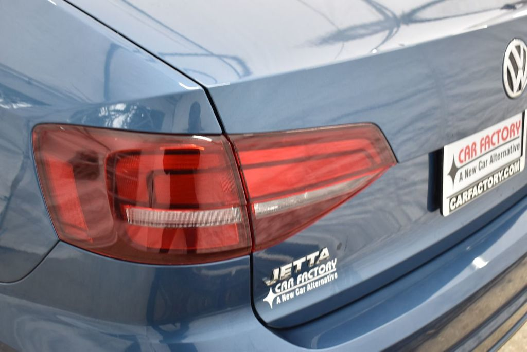 2016 Volkswagen Jetta Sedan  - 18550549 - 4