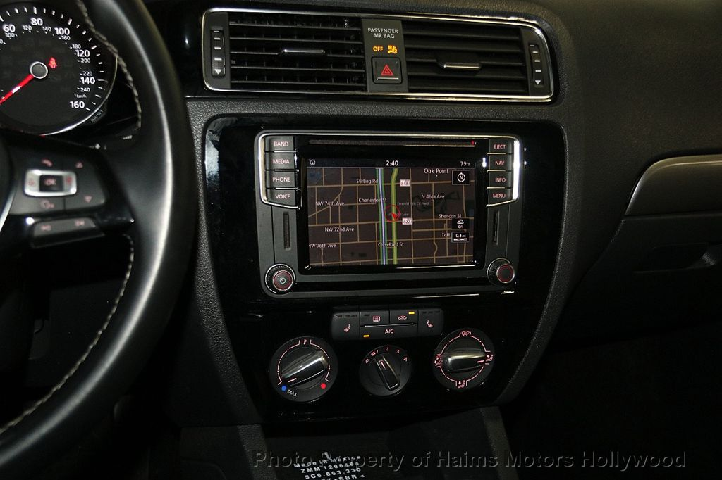 2016 Volkswagen Jetta Sedan 1.8T Sport PZEV 4dr Manual - 17271625 - 19
