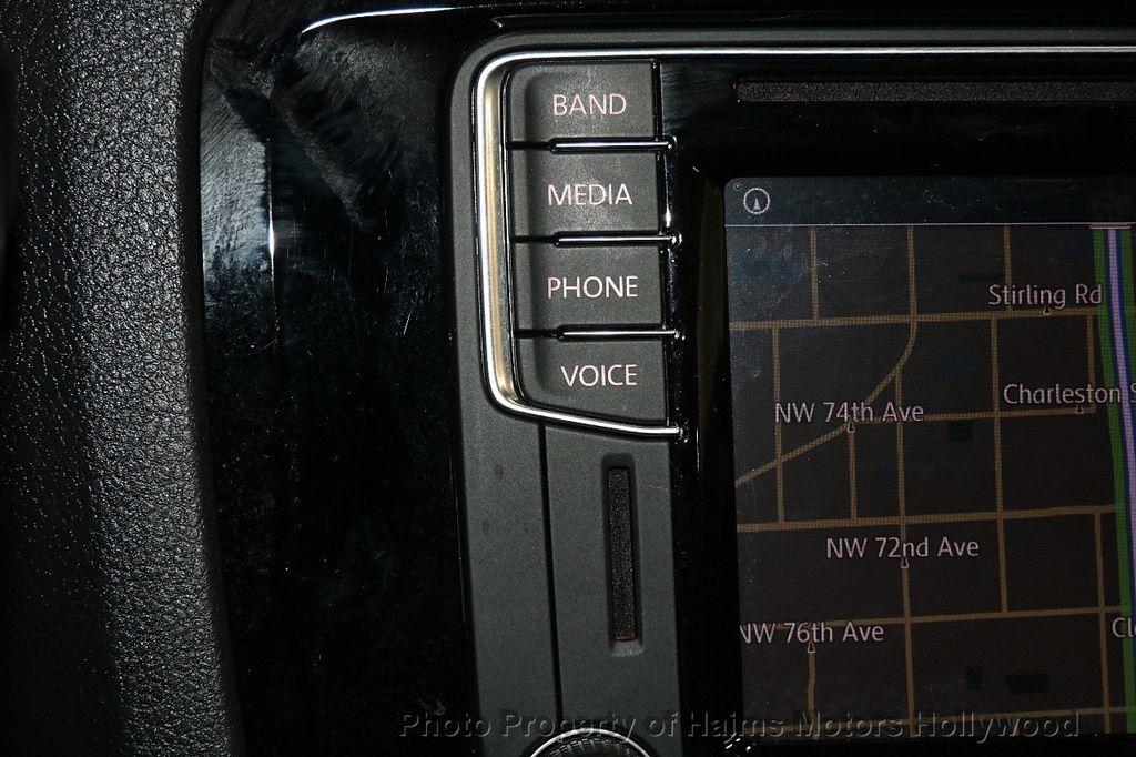 2016 Volkswagen Jetta Sedan 1.8T Sport PZEV 4dr Manual - 17271625 - 20