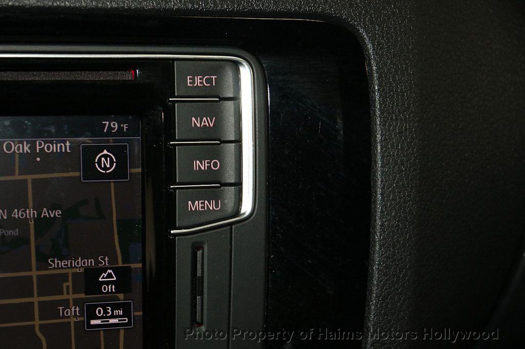 2016 Volkswagen Jetta Sedan 1.8T Sport PZEV 4dr Manual - 17271625 - 21