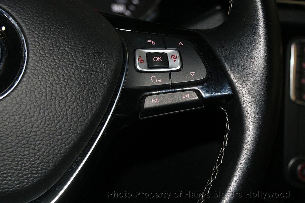 2016 Volkswagen Jetta Sedan 1.8T Sport PZEV 4dr Manual - 17271625 - 27