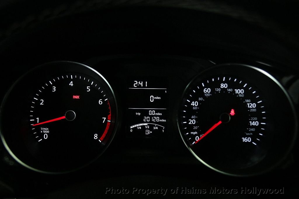 2016 Volkswagen Jetta Sedan 1.8T Sport PZEV 4dr Manual - 17271625 - 30
