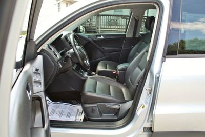 2016 Volkswagen Tiguan 2.0T S 4dr Automatic - Click to see full-size photo viewer
