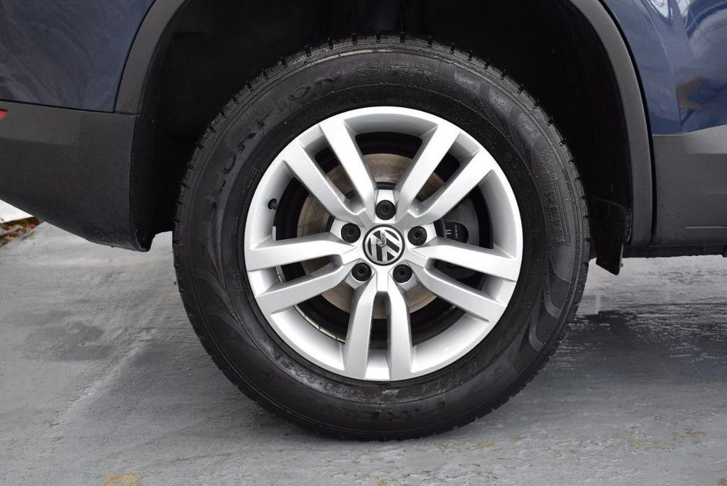 2016 Volkswagen Tiguan 2.0T SE 4dr Automatic - 18330060 - 9