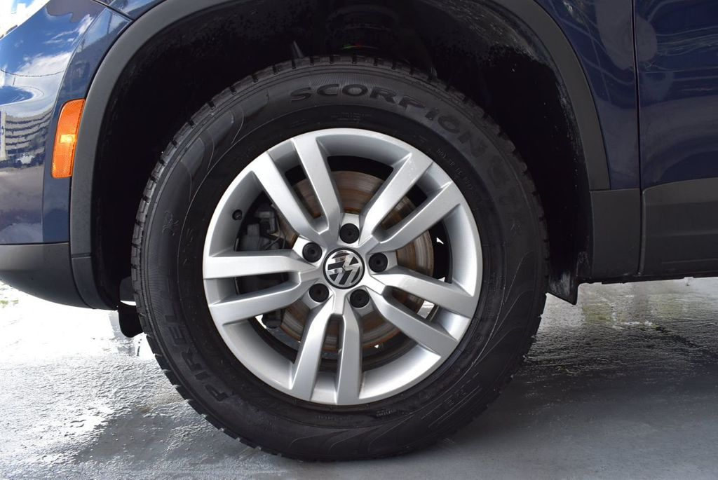 2016 Volkswagen Tiguan 2.0T SE 4dr Automatic - 18330060 - 10