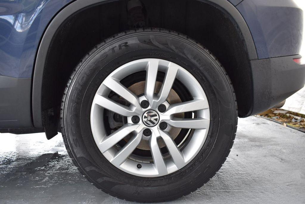 2016 Volkswagen Tiguan 2.0T SE 4dr Automatic - 18330060 - 11