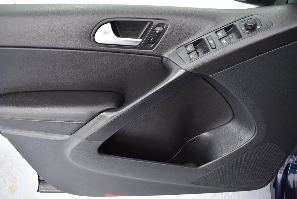 2016 Volkswagen Tiguan 2.0T SE 4dr Automatic - 18330060 - 15