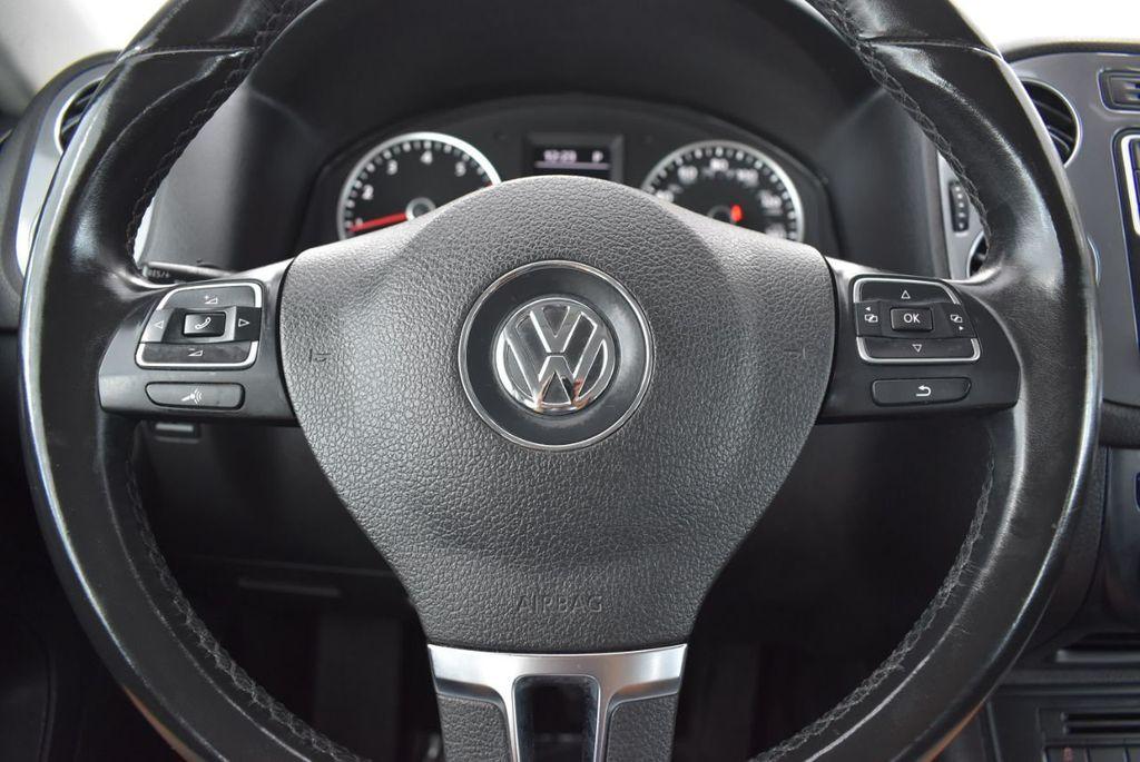 2016 Volkswagen Tiguan 2.0T SE 4dr Automatic - 18330060 - 17
