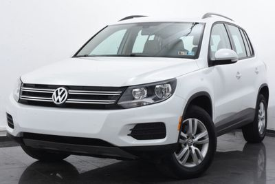 2016 Volkswagen Tiguan 2.0T SE w/ 4Motion 4dr Automatic SUV