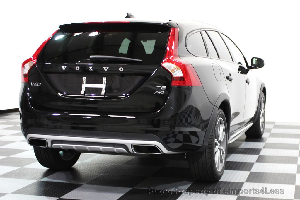 2016 Volvo V60 Cross Country CERTIFIED V60 CROSS COUNTRY AWD PLATINUM WAGON - 16138395 - 19
