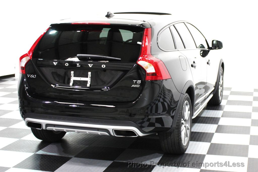 2016 Volvo V60 Cross Country CERTIFIED V60 CROSS COUNTRY AWD PLATINUM WAGON - 16138395 - 25