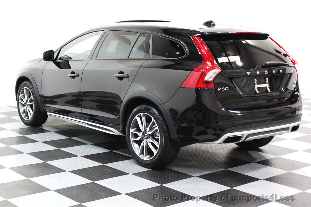 2016 Volvo V60 Cross Country CERTIFIED V60 CROSS COUNTRY AWD PLATINUM WAGON - 16138395 - 2