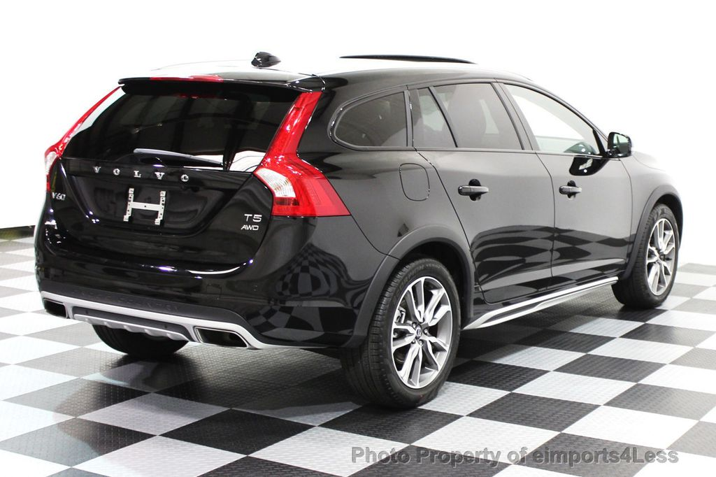 2016 Volvo V60 Cross Country CERTIFIED V60 CROSS COUNTRY AWD PLATINUM WAGON - 16138395 - 3
