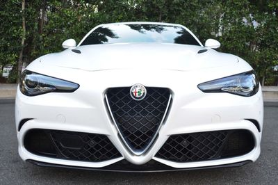 2017 Alfa Romeo Giulia Quadrifoglio RWD - Click to see full-size photo viewer