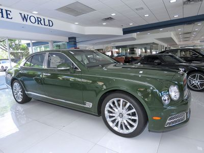 2017 Bentley Mulsanne Mulliner Sedan with Premiere Specification - Click to see full-size photo viewer
