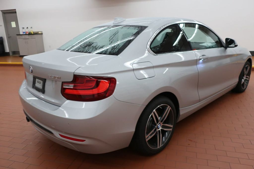 2017 BMW 2 Series 230i - 16999892 - 4