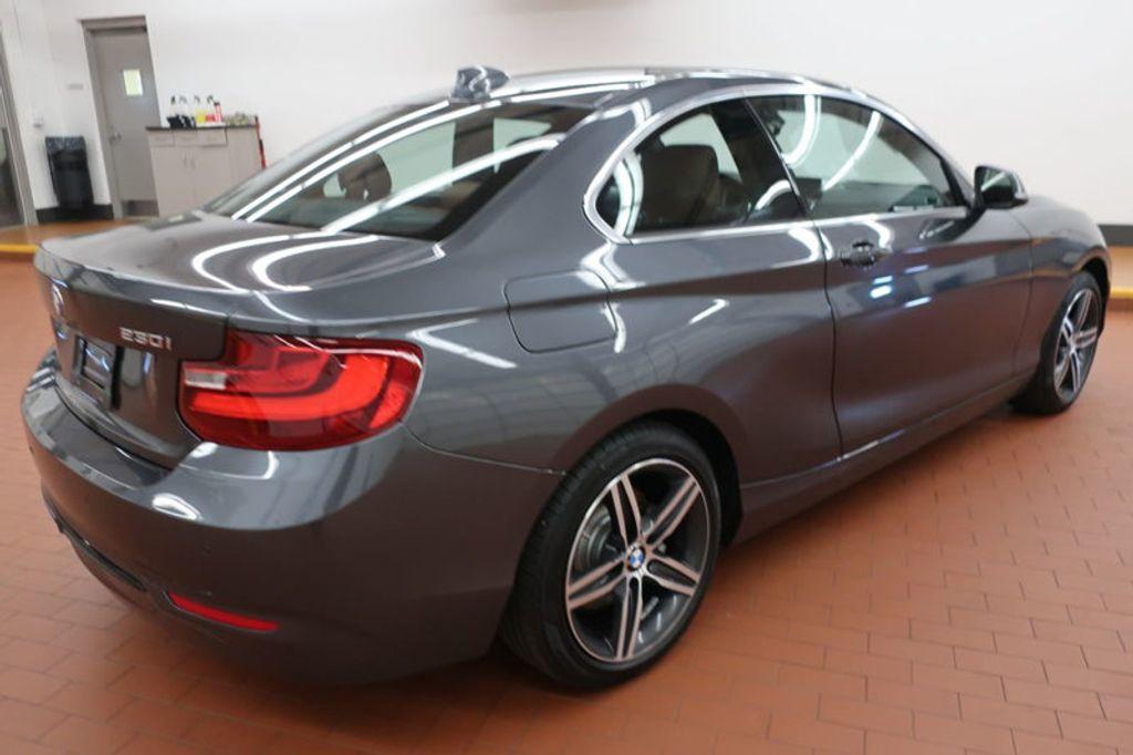 2017 BMW 2 Series 230i - 17062909 - 4