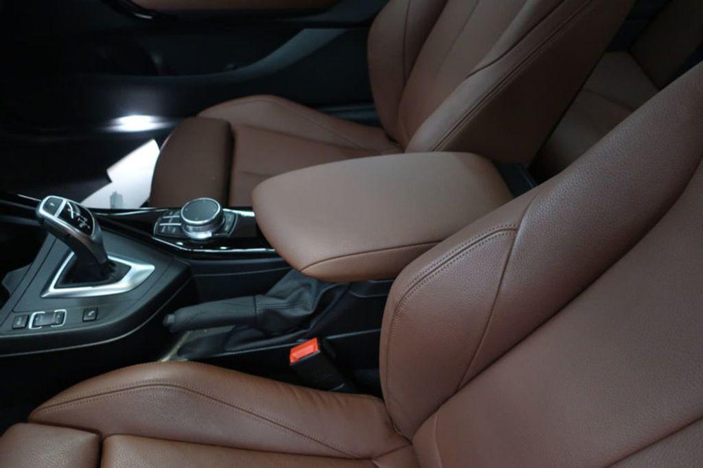 2017 BMW 2 Series 230i - 17384583 - 31