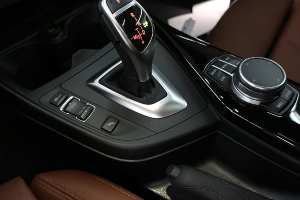 2017 BMW 2 Series 230i - 17384583 - 40