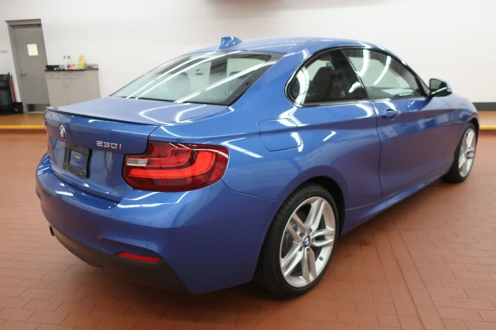 2017 BMW 2 Series 230i xDrive - 18096568 - 4